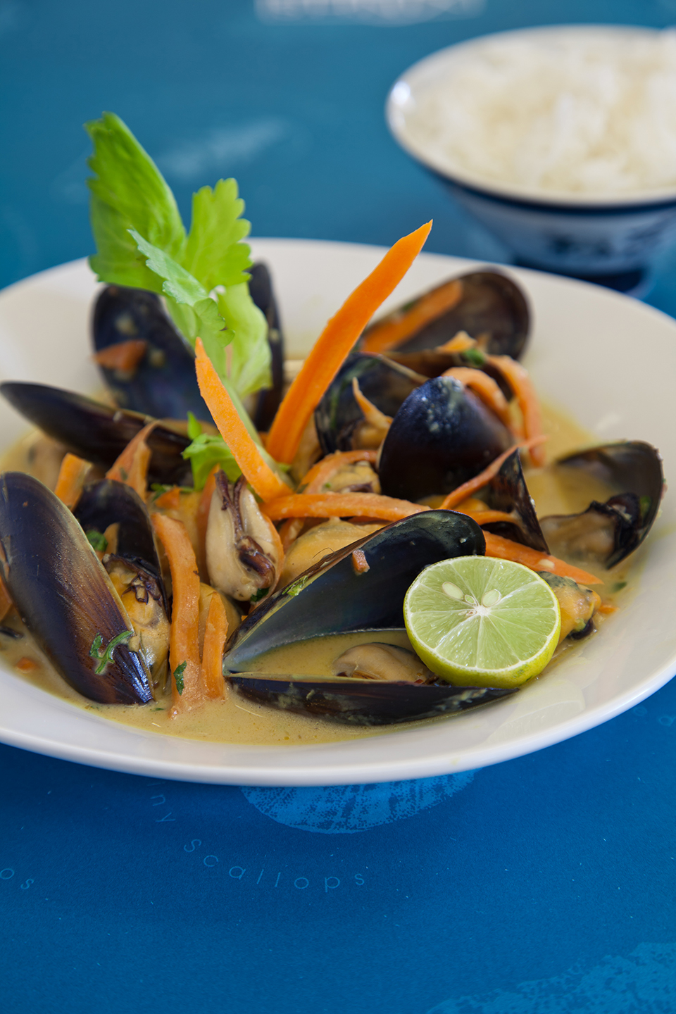 xinh-mussels-in-curry-sauce-960w.jpg